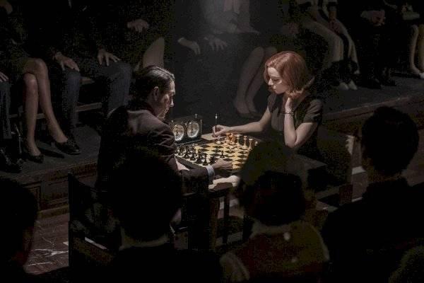 """De """"Friends"""" a """"Gambito de Dama"""": cómo las series han afectado mundo real"""