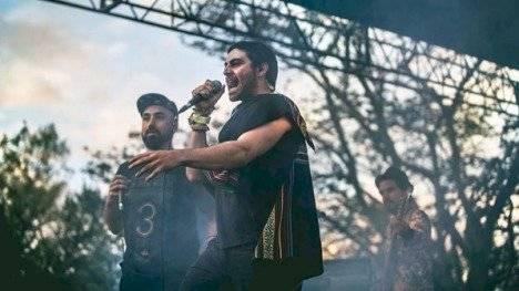 acusan a cantante ecuatoriano