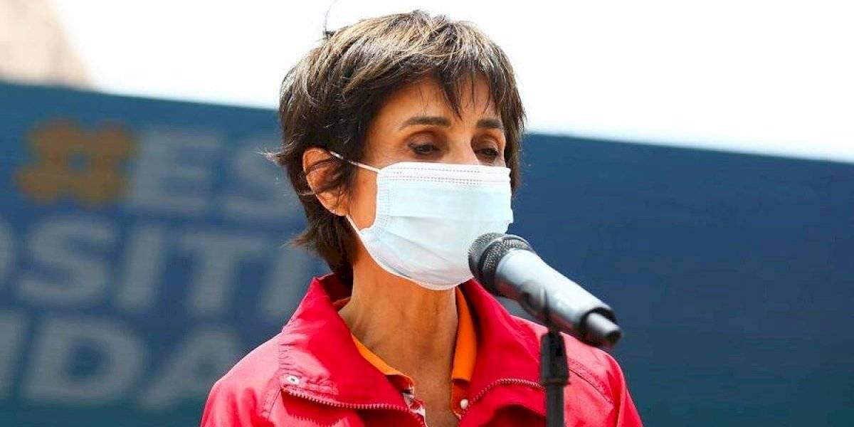 """Paula Daza: """"Las fronteras están absolutamente cerradas, lo único que está abierto es el aeropuerto"""""""