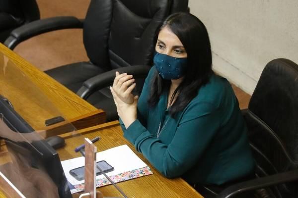 """Karla Rubilar y los escaños reservados: """"No creo que valga la pena que se caigan por cupos al pueblo afrodescendiente"""""""