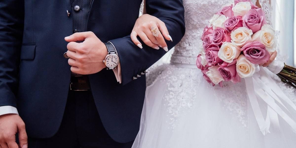Mujer fingió tener cáncer para conseguir la boda de sus sueños