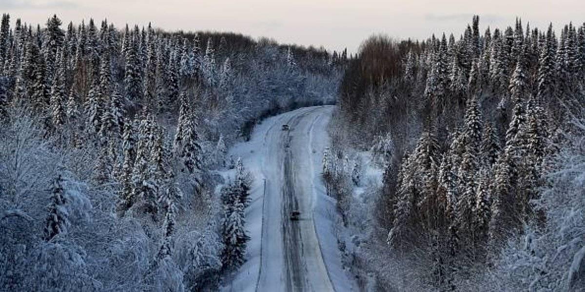 Conductor muere congelado tras tomar camino equivocado en Google Maps