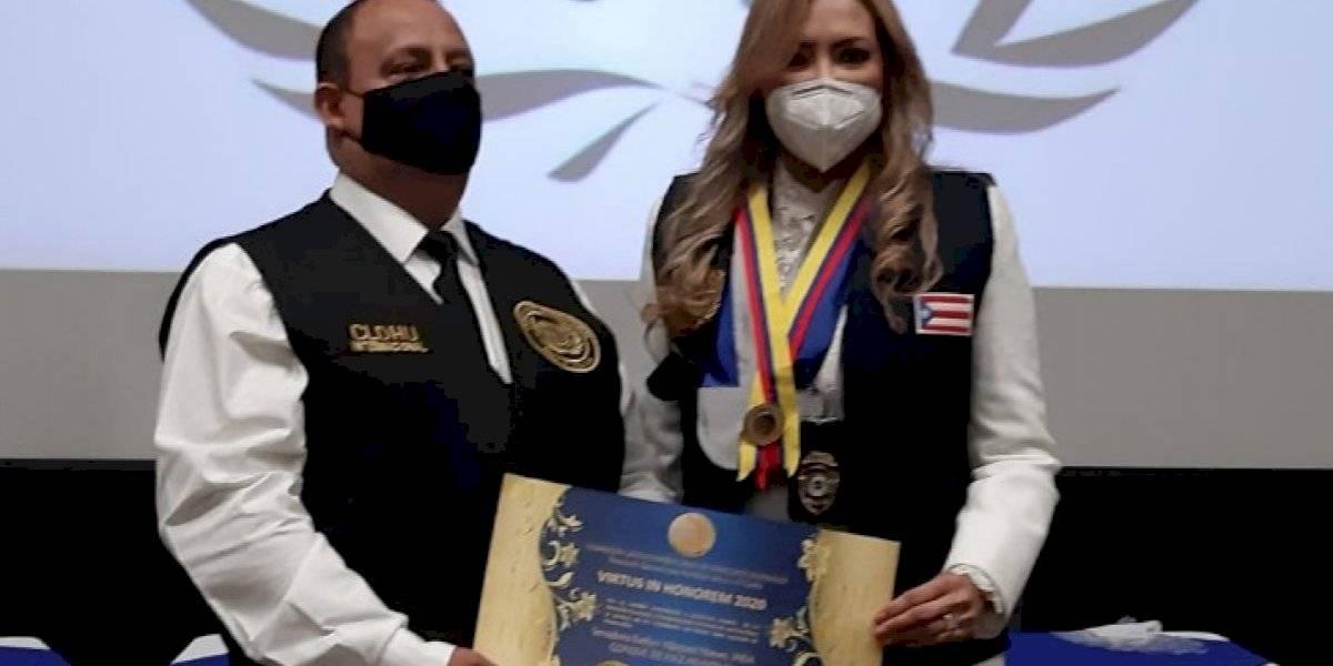 Evelyn Vázquez juramenta como Cónsul de Paz Mundial en Medellín