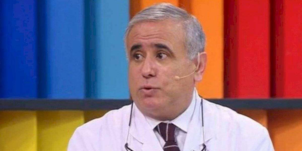 """Doctor Ugarte la tiene clara: """"Yo no levantaría la Fase 2 en la RM hasta pasadas las fiestas"""""""