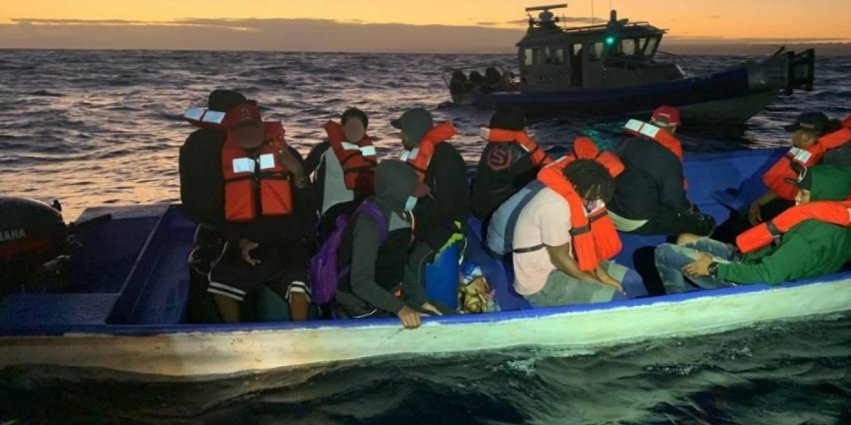Guardia Costera repatría a 15 inmigrantes a la República Dominicana