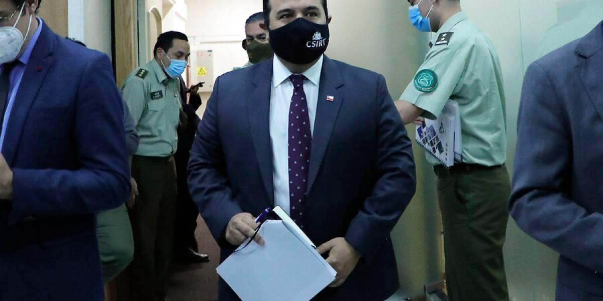 """Gobierno en picada contra el indulto para detenidos en estallido: """"¿Qué le decimos a esos Carabineros que le quemaron la cara?"""""""