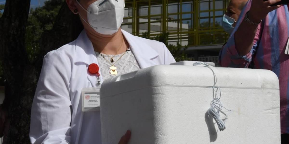 Cifran esperanzas en aprobación de vacuna de Moderna