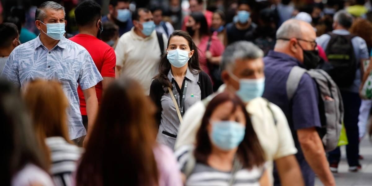 El 2021 no le da tregua al país: Minsal reporta 3.338 casos nuevos y 64 fallecidos por coronavirus
