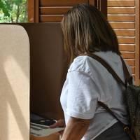 Se pagó extra por el escrutinio electrónico, pero falló en casi todas partes el día de las elecciones
