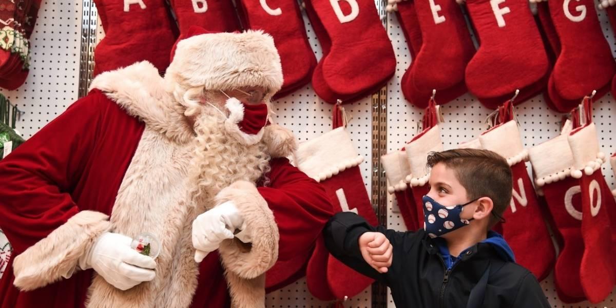 Santa Claus está llegando... bien protegido