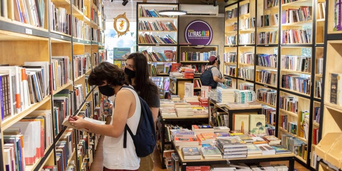 """Recoleta: Librería Popular anuncia """"Navidad a Precio Justo"""" con ofertas en libros y música"""