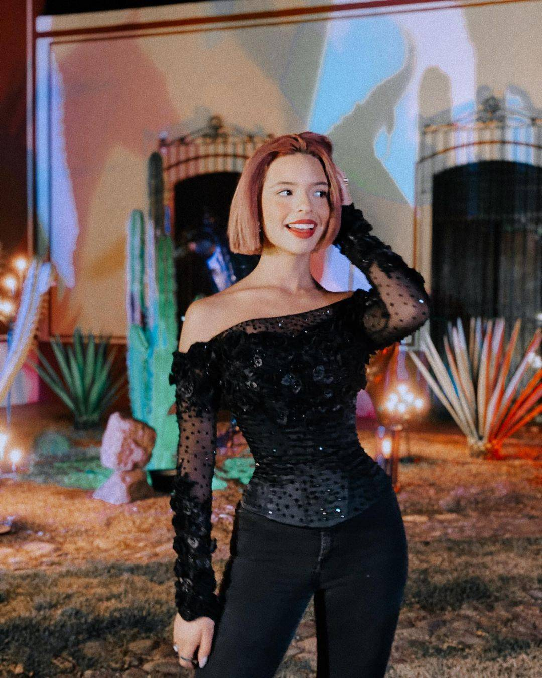 Ángela Aguilar looks navidad