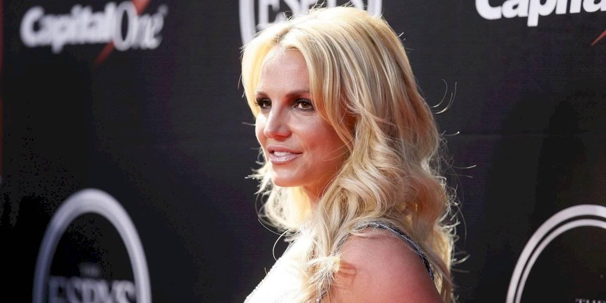 """""""Fuera con lo viejo!!!"""": Britney Spears sorprende en Instagram con su cambio de look"""