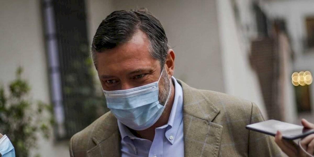 """El ex fiscal Gajardo se lanza contra Sichel: """"Es impresentable usar al Banco Estado para hacer campaña"""""""