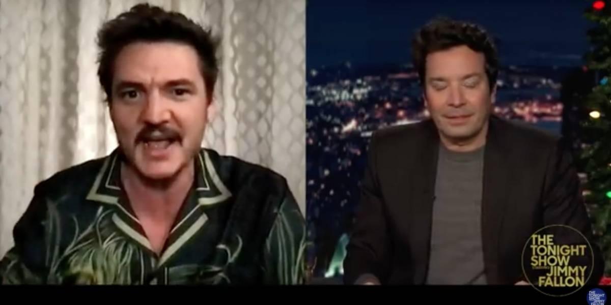 Pedro Pascal reconoció un pequeño robo en el set de The Mandalorian en conversación con Jimmy Fallon