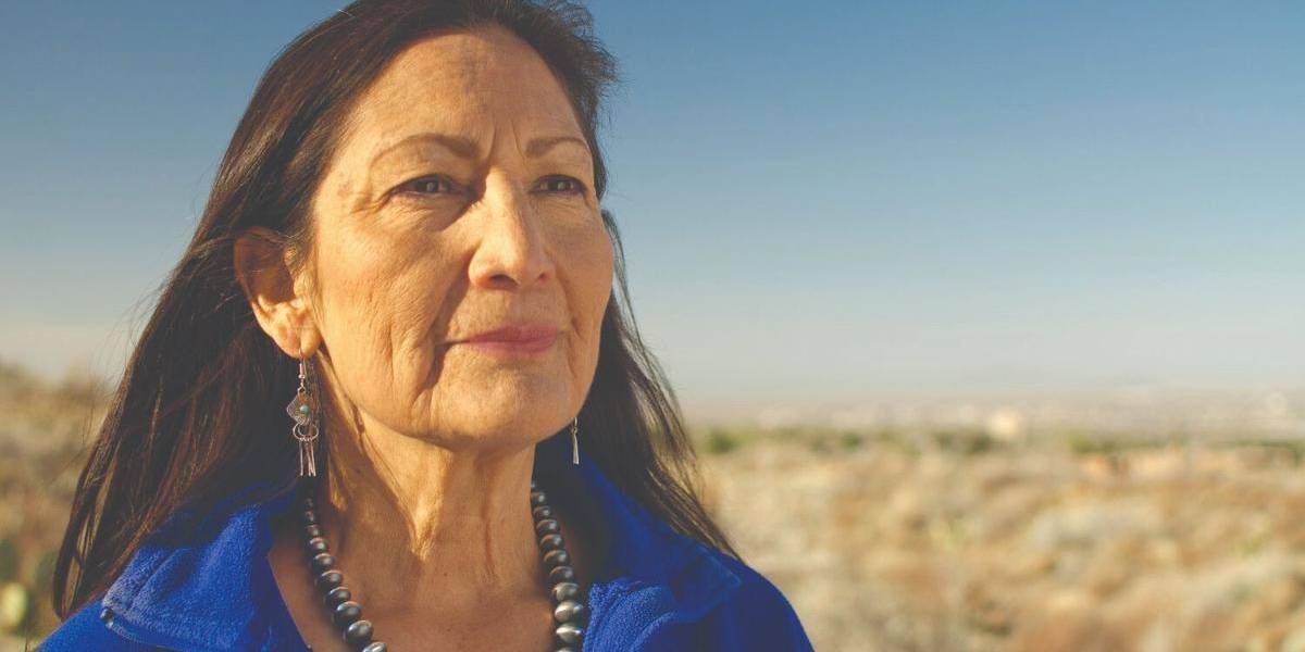 Joe Biden nomina a Deb Haaland como la primera indígena en el gabinete