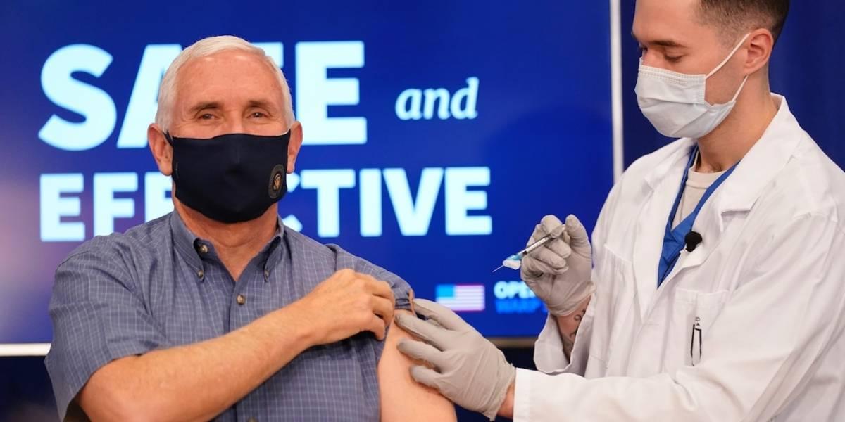 """Mike Pence recibe la vacuna contra el COVID-19 y la cataloga como """"un milagro médico"""""""