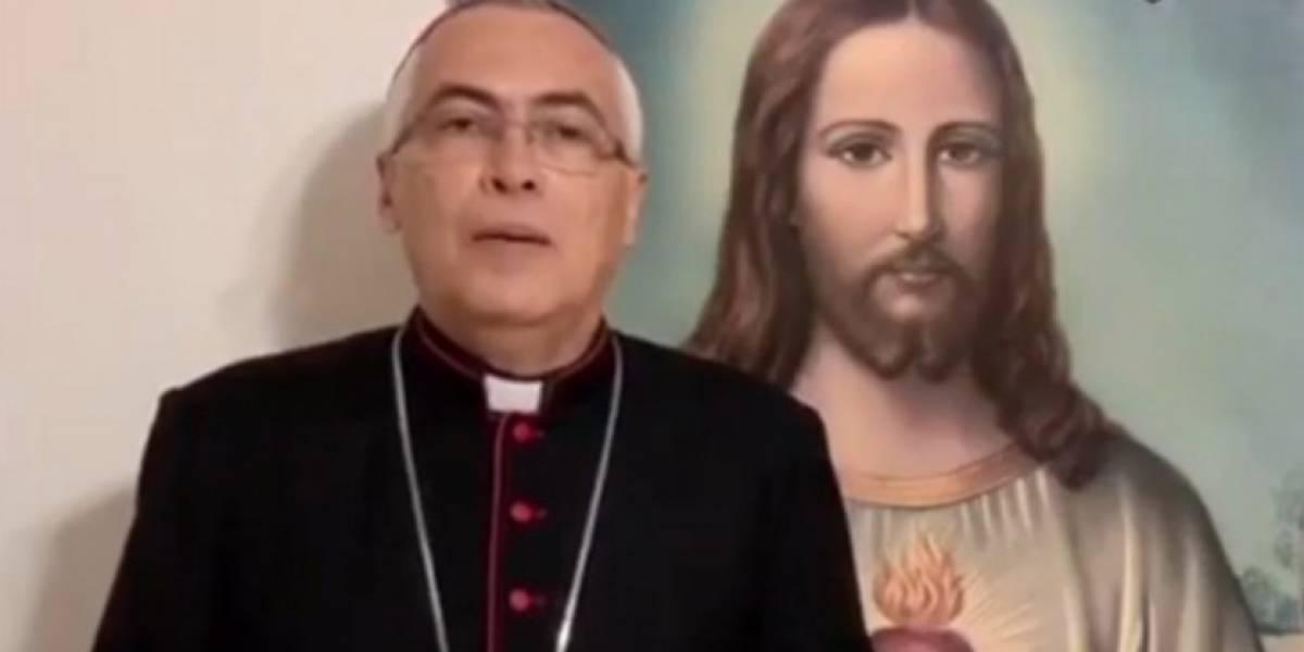 """Obispo de Arecibo pide a Pedro Pierluisi que """"detenga imposición de ideología de género"""""""