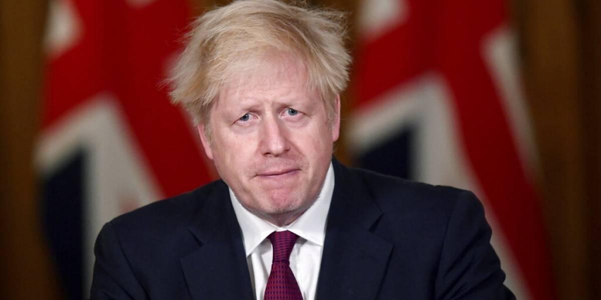 Ante una nueva variante del COVID-19, anuncian medidas en Gran Bretaña