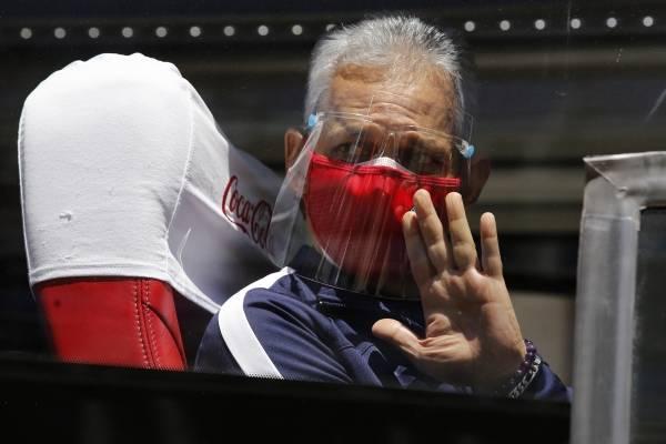 Rueda no acierta una: no pudo reunirse con presidente del fútbol colombiano porque está aislado con covid-19