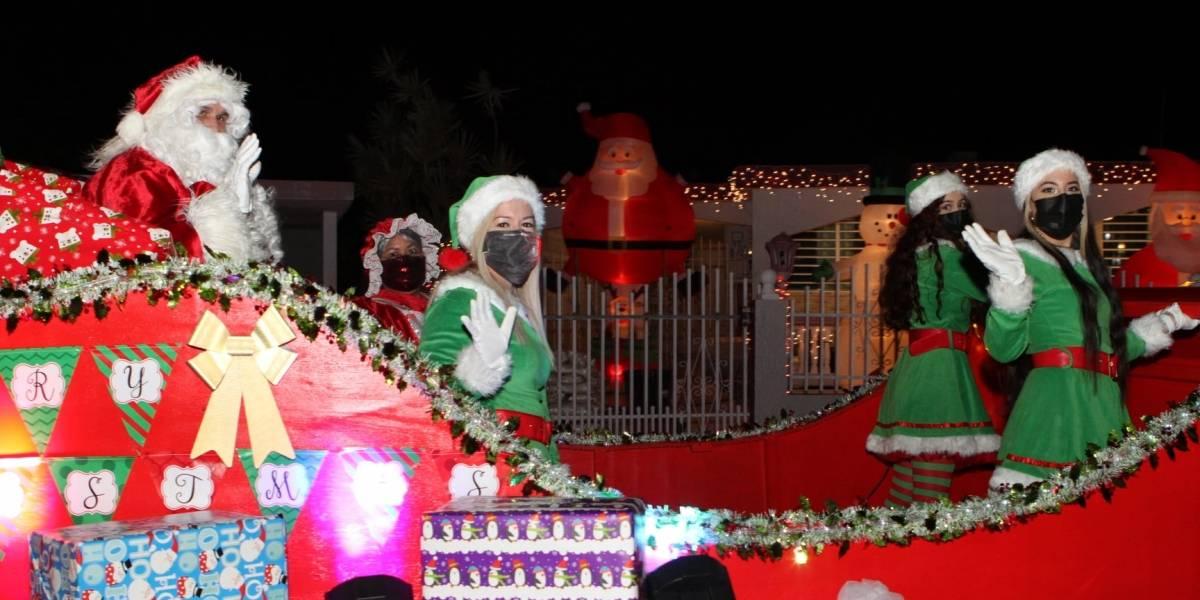Santa Claus recorre calles de Fajardo en trineo
