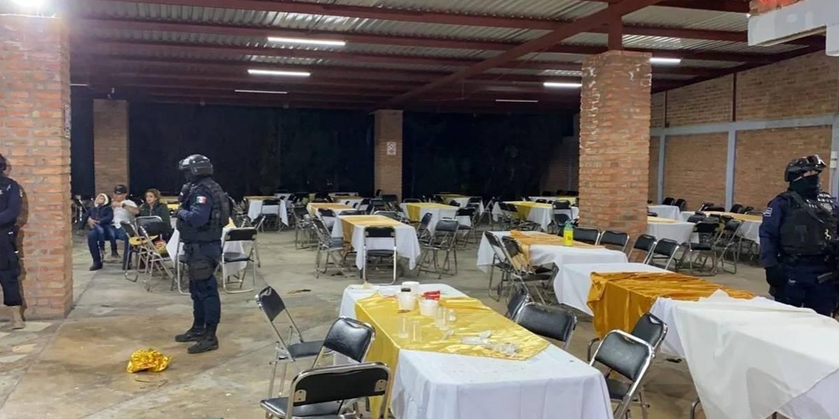 Desalojan hasta ocho fiestas masivas en Guanajuato
