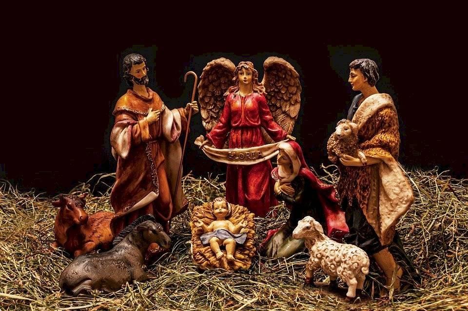 Existe una gran variedad de nacimientos navideños que de seguro se adaptarán a la perfección al estilo y decoración de tu hogar.