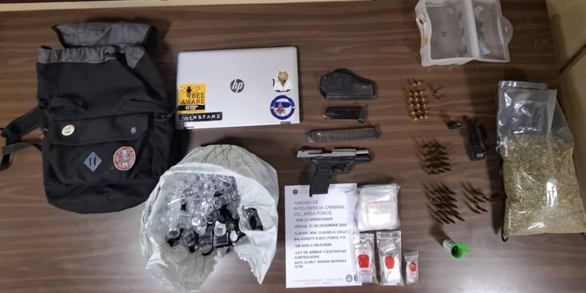 Policía arresta a dos jóvenes en posesión de armas y drogas en Ponce