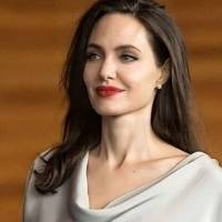 Angelina Jolie de compras con estilo