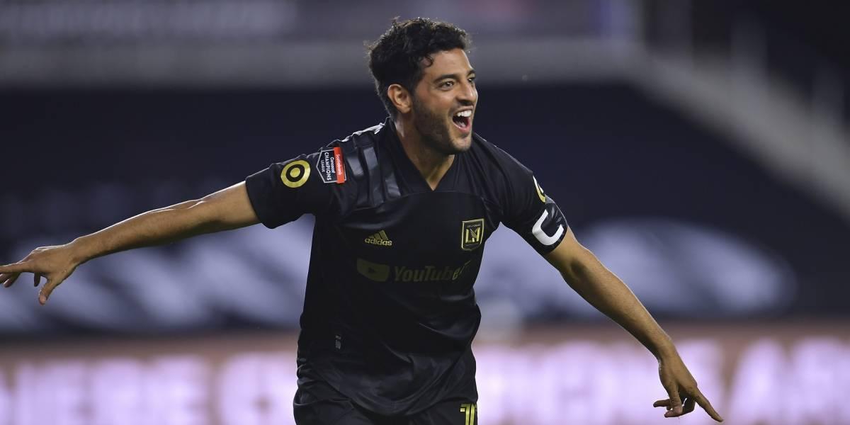 Los futbolistas que se han rendido al talento de Carlos Vela