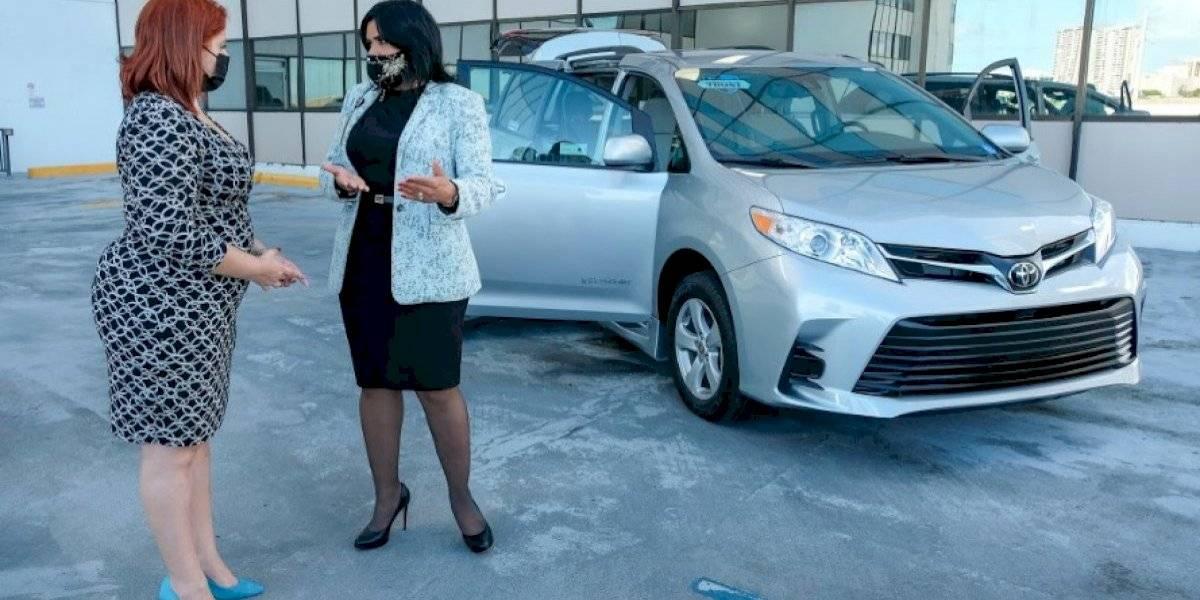 Rehabilitación Vocacional adquiere nuevo vehículo