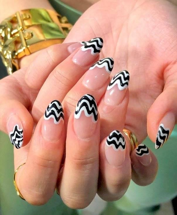 Diseños psicodélicos para uñas