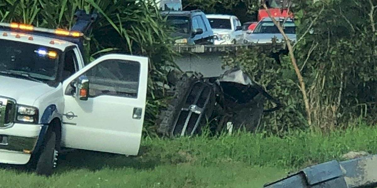 Accidente cerca de Guavate causa gran tapón