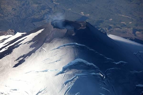Aysén: declaran alerta amarilla en el volcán Hudson por aumento de la sismicidad