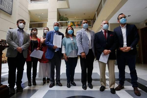 Oposición insiste en listas únicas del sector para elecciones de abril