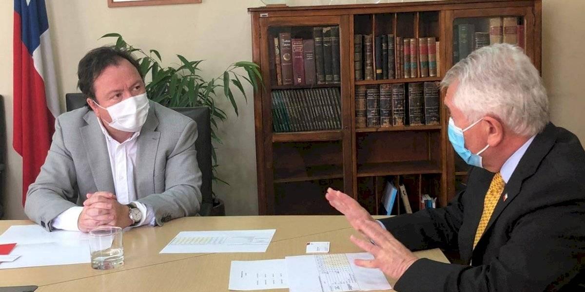Vacuna contra el covid-19: alcalde de Talca pide al Minsal prioridad para su comuna