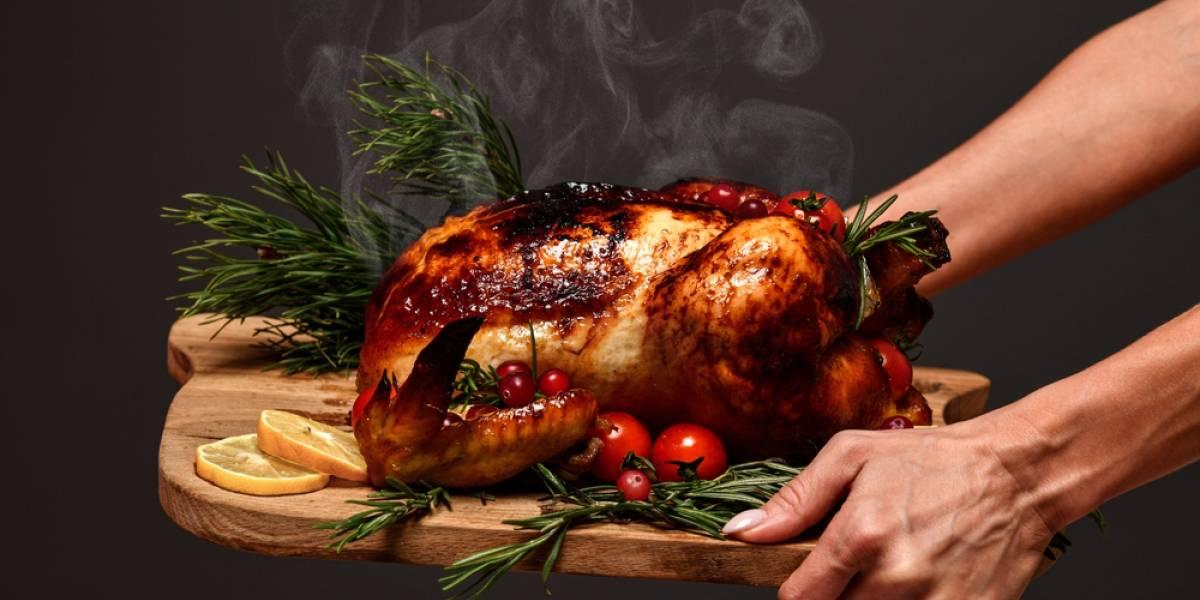 Cena de Año Nuevo: así puedes evitar los malestares por comer de noche