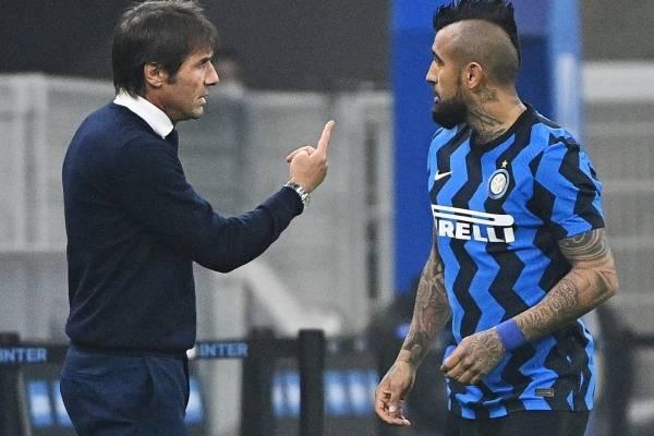 """¿Se acabó el amor con Alexis y Vidal?: medios italianos ahora destrozan al """"King"""" por su bajo rendimiento"""
