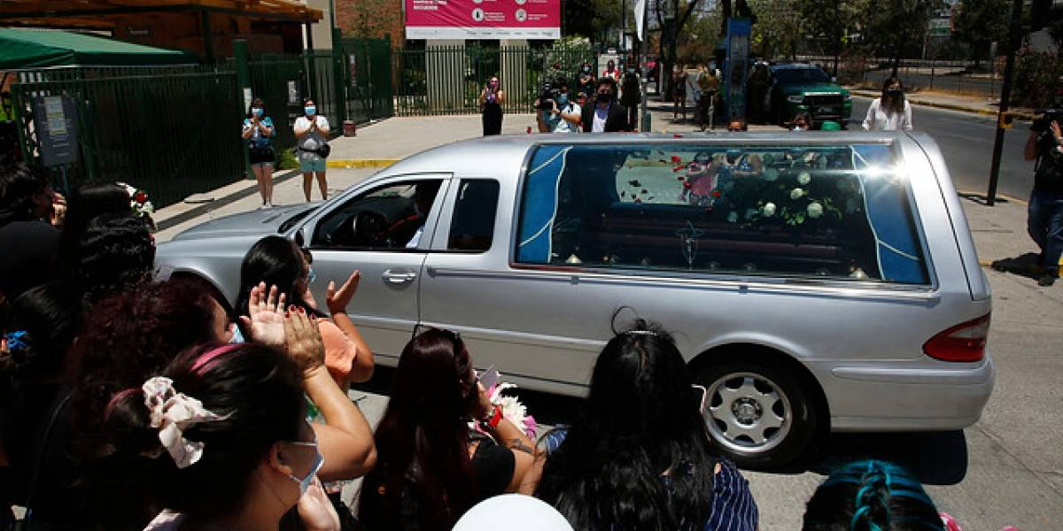 Pidieron Justicia para María Isabel: en La Florida sepultan a la joven estudiante asesinada