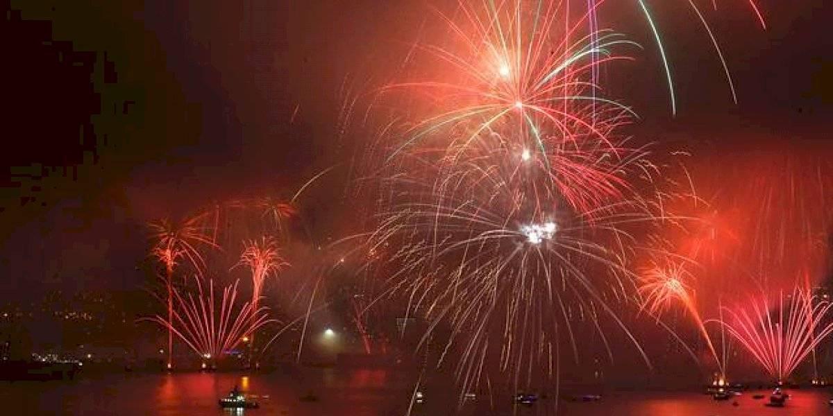 """""""Año Nuevo en el Mar"""": empresa quiere realizar show pirotécnico en Valparaíso en otra fecha"""