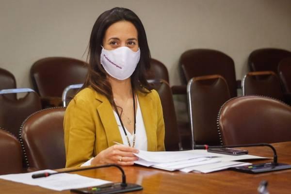 La explicación de la diputada Paulina Núñez tras su comentada foto cocinando tallarines sin agua