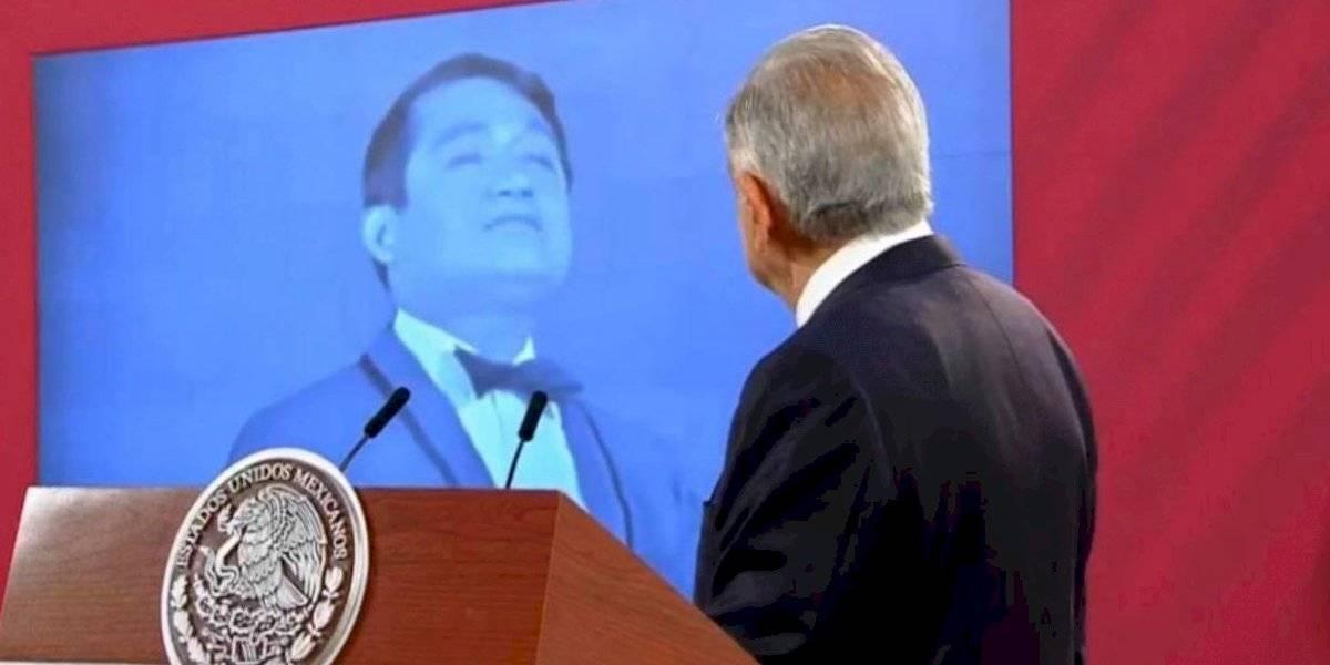 AMLO lamenta el fallecimiento de Armando Manzanero y da por terminada la mañanera