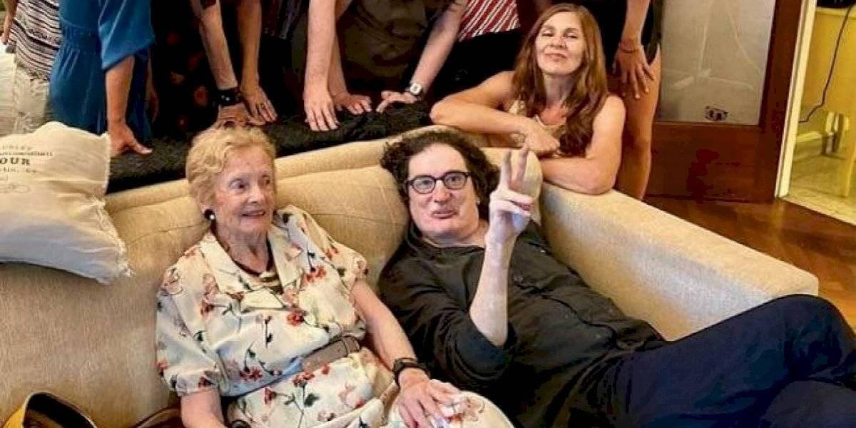 Rock y ternura: Charly García la rompe en las redes con su baile navideño junto a Lilian Clark, madre de Gustavo Cerati