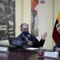 Ecuador participará en ensayo de una vacuna china contra el COVID-19
