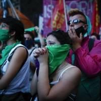 Argentina sigue atenta a la implementación de ley de aborto