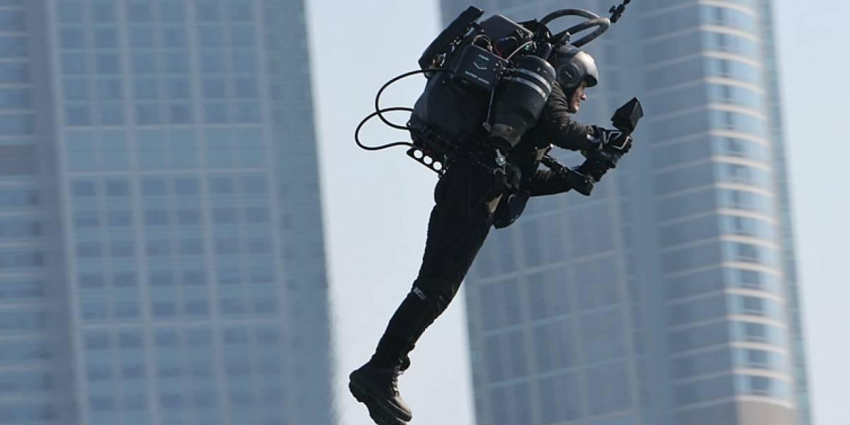 ¿Misterio resuelto? Piloto logra filmar al sujeto que vuela por Los Ángeles con un Jetpack