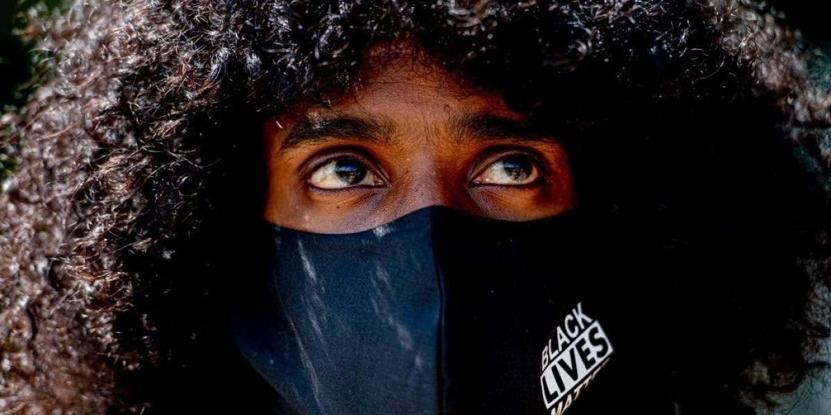 Un afroamericano pasó diez días en la cárcel por error en el reconocimiento facial