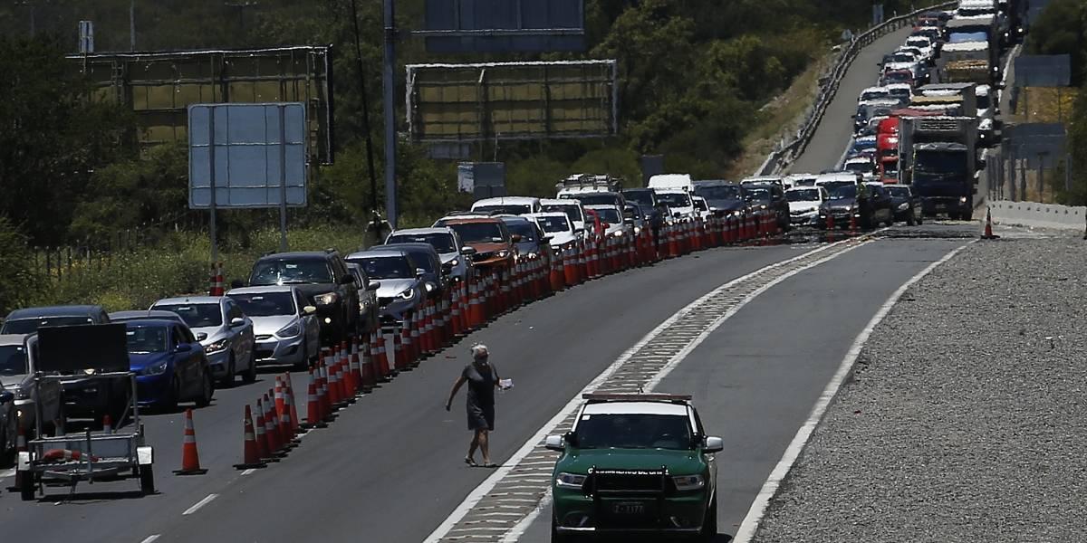 Un infierno en la tierra, pero camino a Región de Valparaíso: taco infernal en Ruta 68