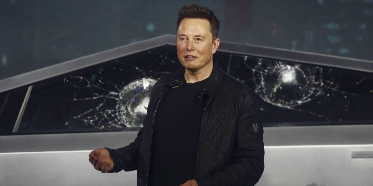 Para trabajar con el empresario Elon Musk no necesitas título universitario