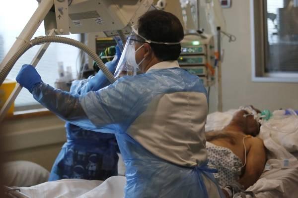 Las peores cifras desde julio: 3.022 nuevos contagios de coronavirus en Chile